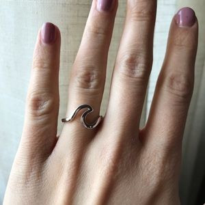 Jewelry - Sterling Silver Wave Ring (FINAL PRICE)